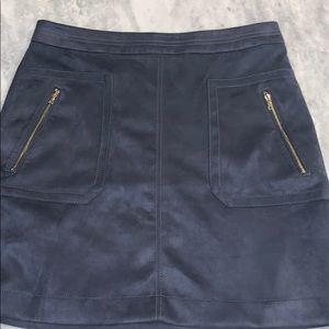 NWOT Loft faux suede skirt, size 8